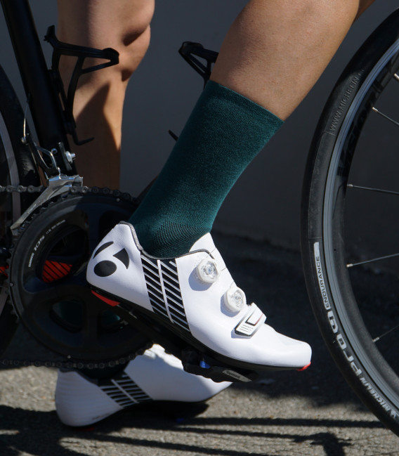 Absolute Verde Bottle Green Cycling Socks